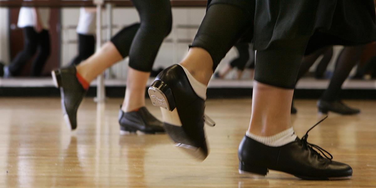Two young Va. dancers headed to Irish dancing world